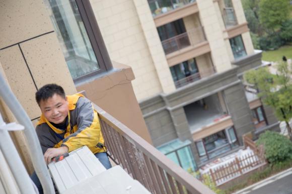 电商售后不打烊,张近东发3亿春节补贴一线员工