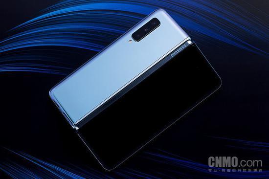 传索尼明年将推出折叠屏手机