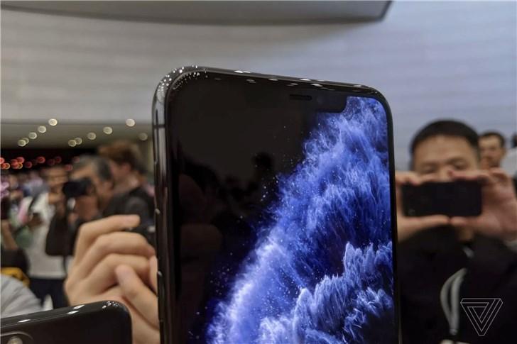 苹果iPhone 11 Pro/Max上手体验:真Pro旗舰,亚光玻璃手感好,拍照真快