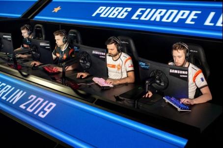 三星显示器成2019绝地求生欧洲职业联赛(PEL)官方用机