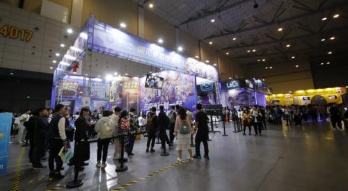 翼彩纷呈,竞出不凡!易美逊翼竞显示器带你重温核聚变Tour杭州站