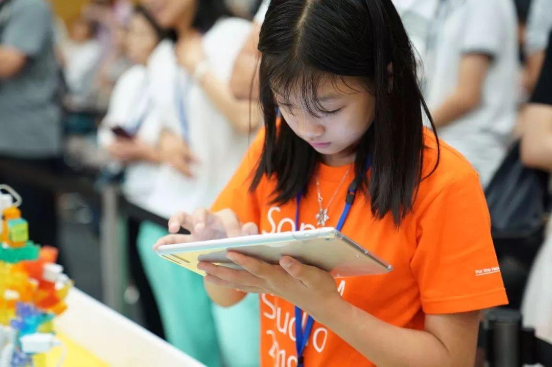 青少年人工智能教育成新焦点,KOOV破局编程教育体系断链