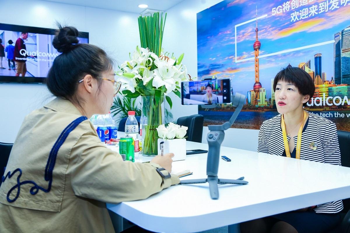 专访高通全球副总裁侯明娟:5G将驱动新一代产品形态发展,手机只是其一