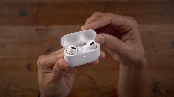 专利曝光:未来苹果AirPods或将内置气压传感器