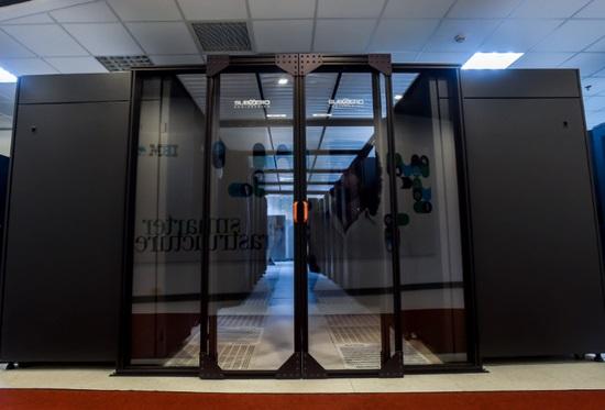 对话IBM谢东:核心架构不需要花里胡哨