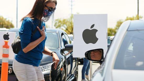 苹果本周将在美国重开约 100 家 Apple Store 门店:提供口罩