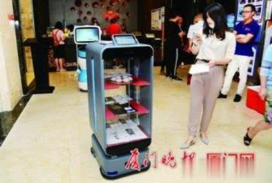 送餐机器人餐饮行业智能化转型关键