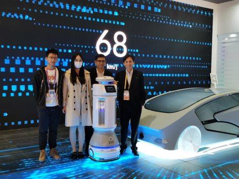 第三届进口博览会完美收官 国产机器人为全球抗疫献出中国力量
