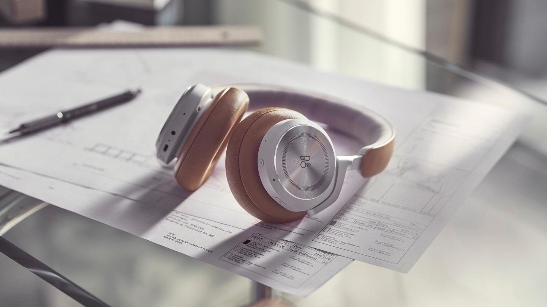 B&O 发布 Beoplay HX 头戴降噪耳机,续航 35 小时