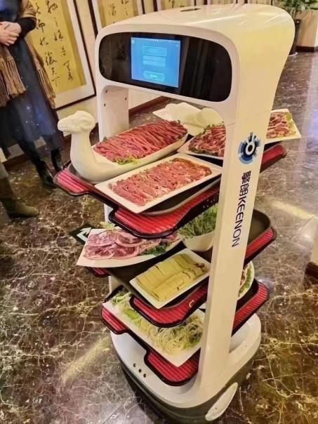 机器人和餐饮行业的有机结合,赋能智慧城市发展