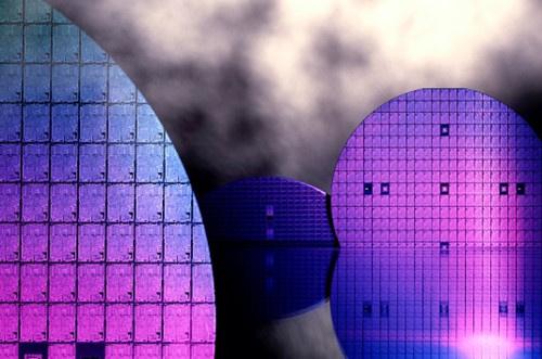 联华电子 8 大客户已承诺芯片产能需求,耗资 35.9 亿美元扩产