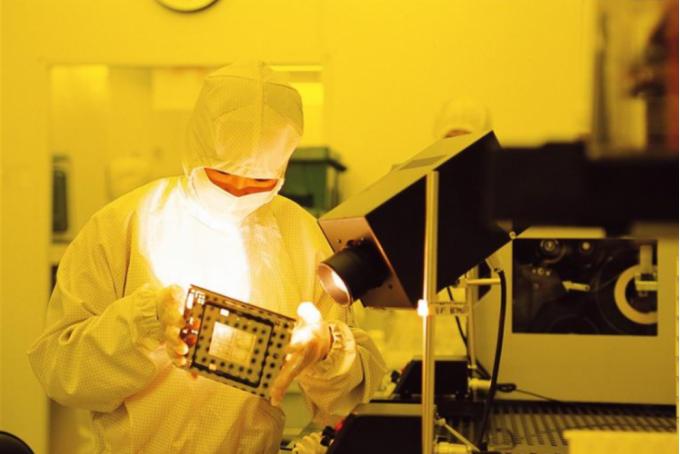 消息称三星击败台积电,为特斯拉生产自动驾驶芯片 HW 4.0