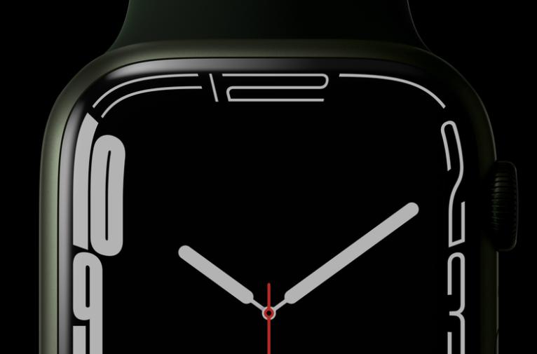 苹果 Apple Watch Series 7 支持 60.5 GHz 无线数据传输,但需专用磁吸底座